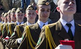 Почетные караулы Беларуси и России несли Вахту памяти в Брестской крепости