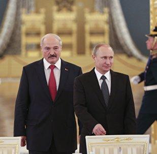 Александр Лукашенко и Владимир Путин, архивное фото