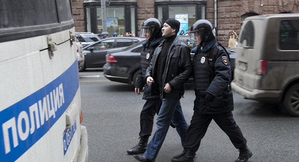 31 участник несанкционированной акции схвачен вцентре столицы