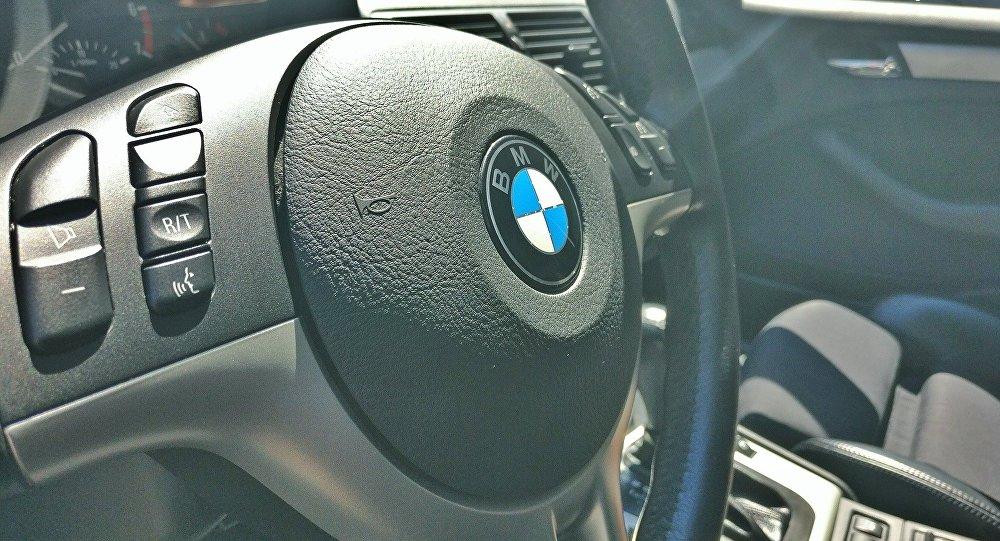 Руль автомобиля BMW