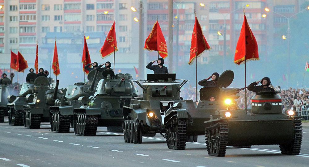 Ваенны парад у Мінску