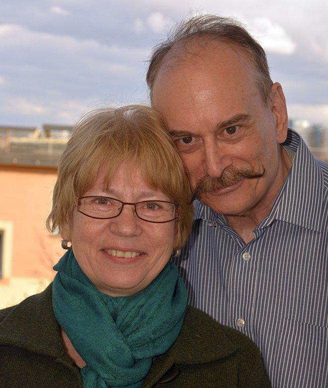 Супруги Шварц привезли в Беларусь британскую программу раннего вмешательства Portage