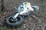 Разбитый в результате ДТП мотоцикл Хонда