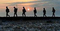 Паўднёвакарэйскія вайскоўцы патрулююць тэрыторыю