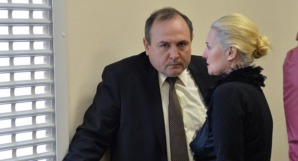 Обвиняемая отказывается от услуг адвоката
