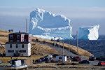 Гигантский айсберг у берегов Канады