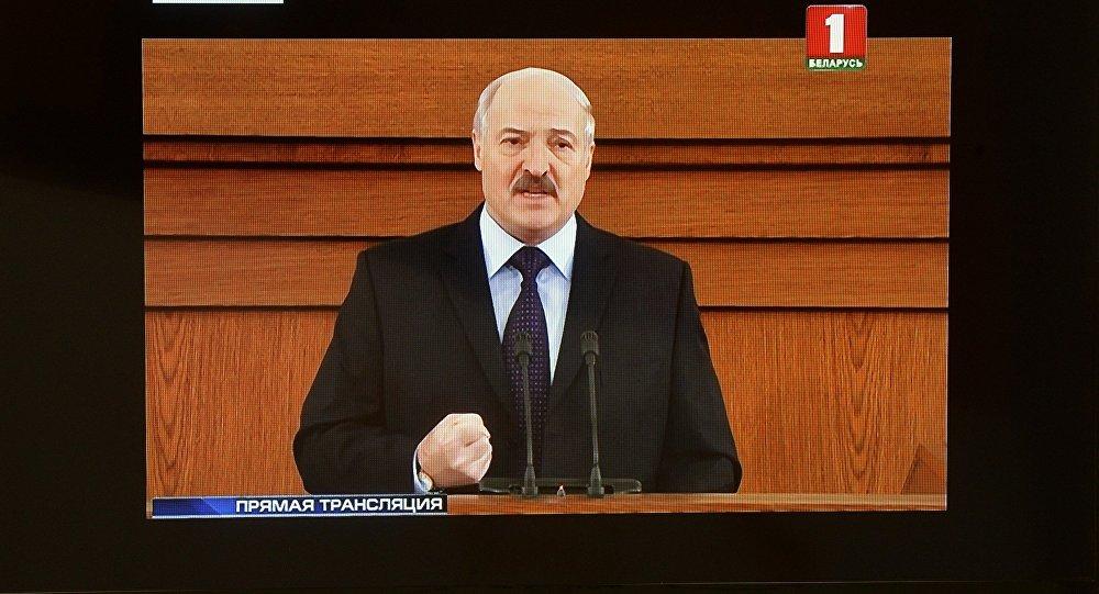 Аляксандр Лукашэнка з пасланнем да Нацыянальнага сходу