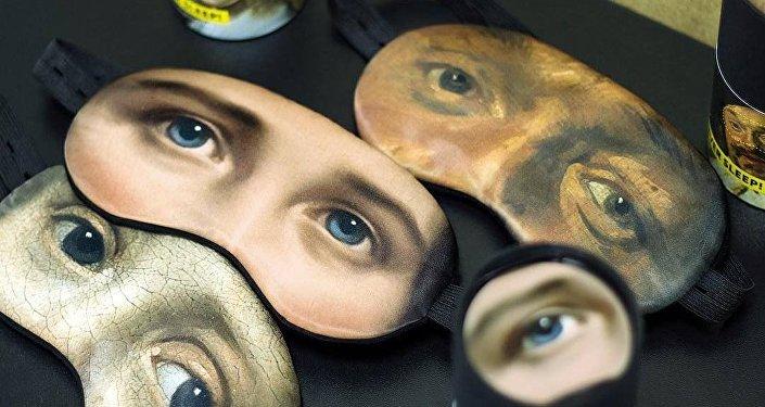Минчанин придумал необычную маску для сна