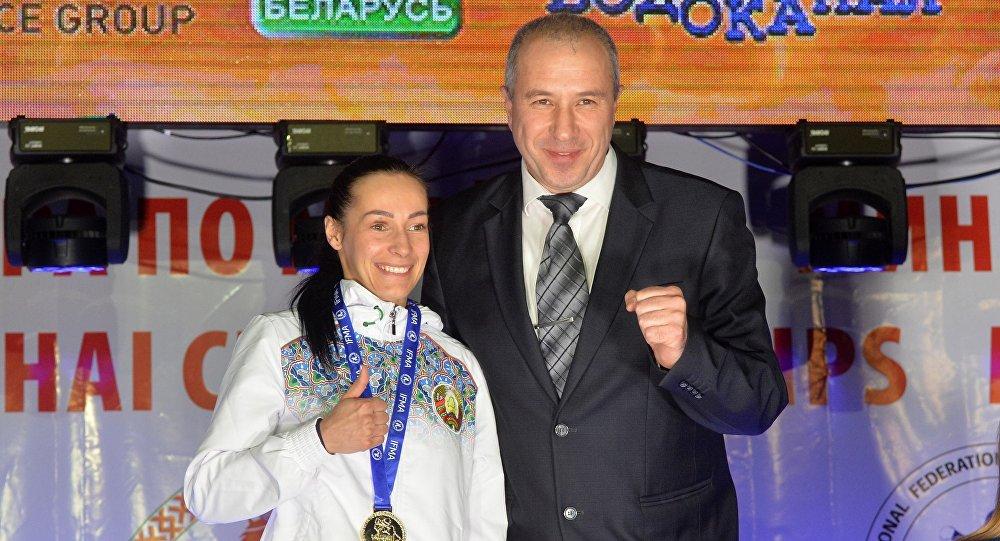 Юрий Караев и чемпионка Елена Ляшкевич
