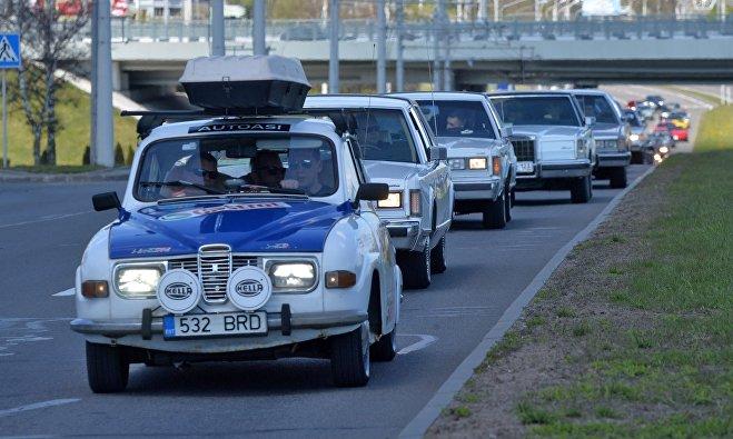 Участники фестиваля ретроавтомобилей Ретро-Минск - 2017
