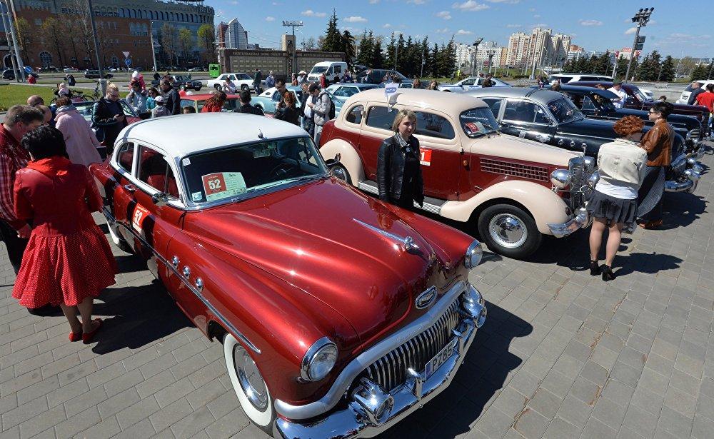 Ретро-автомобили – фестиваль Ретро-Минск - 2017