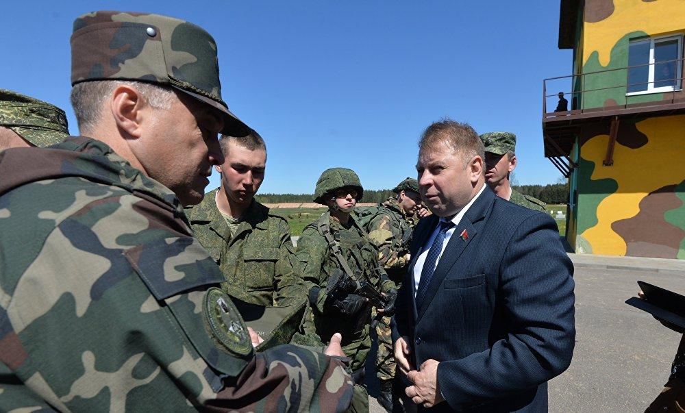 Командующий войсками Северо-западного оперативного командования генерал-майор Александр Вольфович
