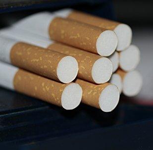 Сигарета, архивное фото