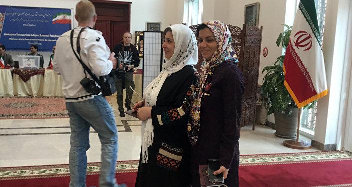 Иранцы, проживающие в Беларуси, активно голосуют на выборах