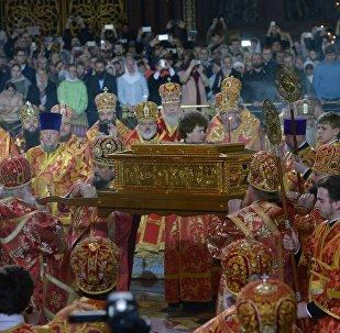 Встреча ковчега с мощами святителя Николая Чудотворца в храме Христа Спасителя