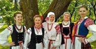 Традыцыйныя строі на святочным кірмашы