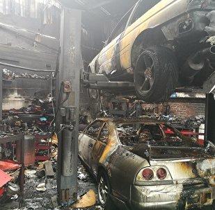 Последствия пожара в ангаре тюнинг-ателье