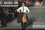 Видеофакт: Бандерас предстал в образе тореадора на показе мод в Каннах