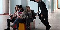 Школьники на перемене, архивное фото