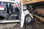 ДТП в Минске: столкнулись Жигули и тягач, деблокирована женщина