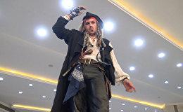 Премьера пятых Пиратов в Минске: оркестр, попугай и дуэли