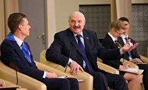 Встреча президента Беларуси Александра Лукашенко со школьниками