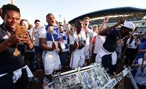 Футболисты брестского Динамо празднуют победу в Кубке Беларуси