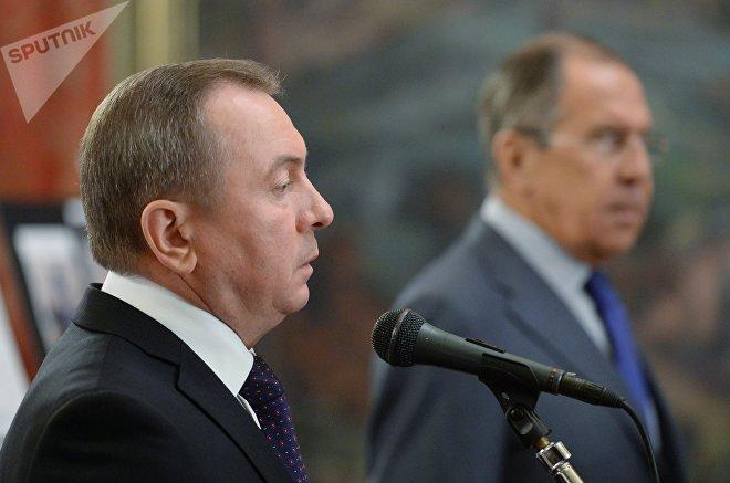 Лавров сказал о договоренности между Москвой иМинском поконтактам сНАТО