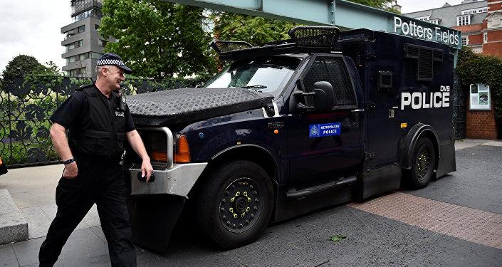 Полиция заблокировала тысячу человек вСоборе Парижской Богоматери