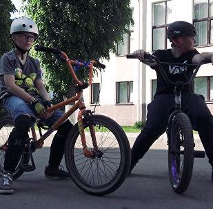 В Минске работает школа по BMX-рейсингу для детей