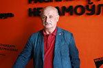 Художественный руководитель и главный дирижер Пермского губернского военного оркестра, полковник Евгений Тверетинов
