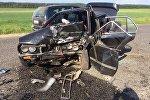 Разбитый в результате аварии BMW
