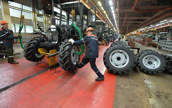 Минский тракторный завод   Википедия