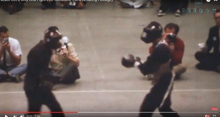 Видеоролик настоящего боя Брюса Ли порвал интернет