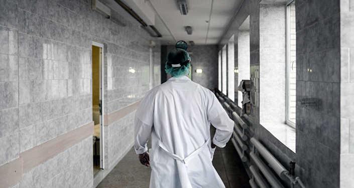 Работа хирурга, архивное фото