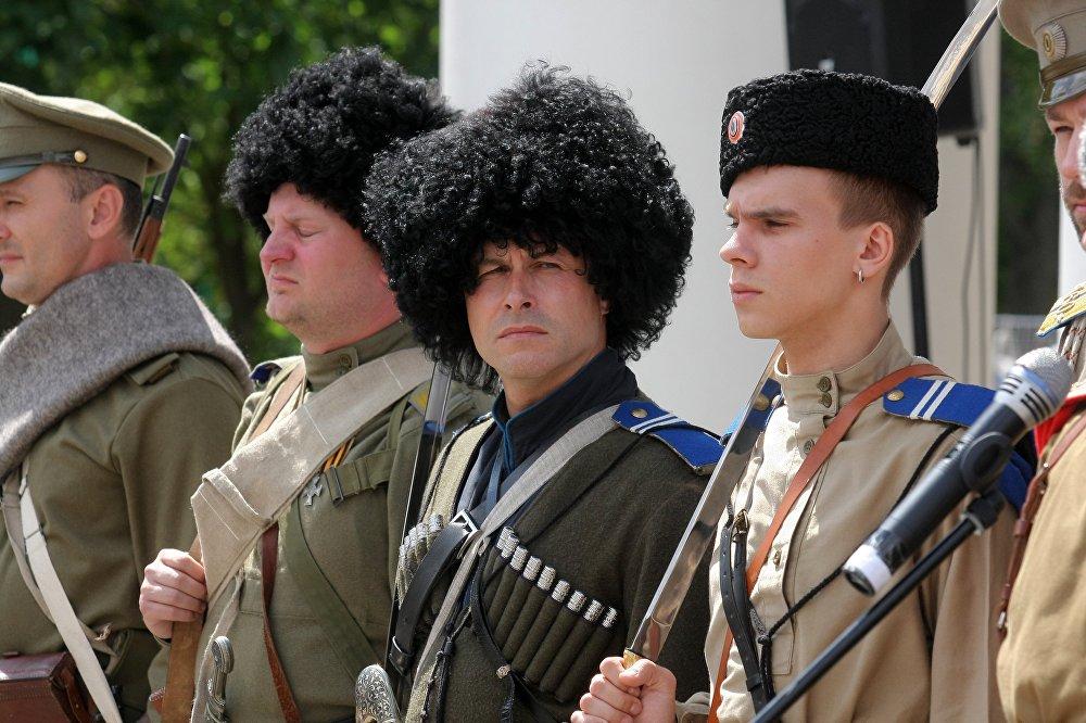В Дне культуры Казахстана приняли участие члены военно-исторических клубов Минска, Гомеля, Бобруйска и Барановичей.