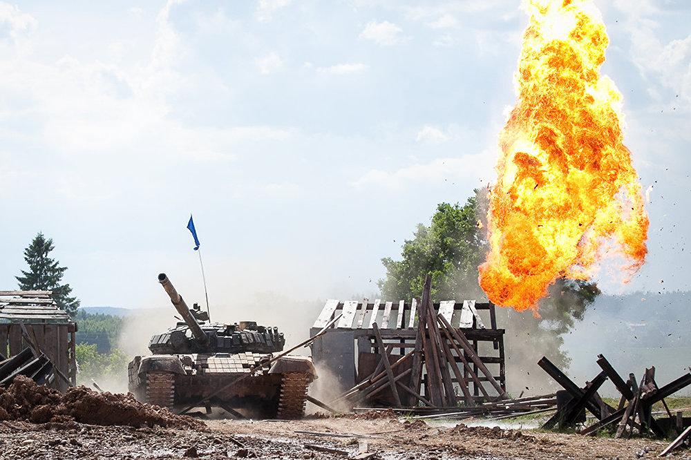 Танковый биатлон на Линии Сталина