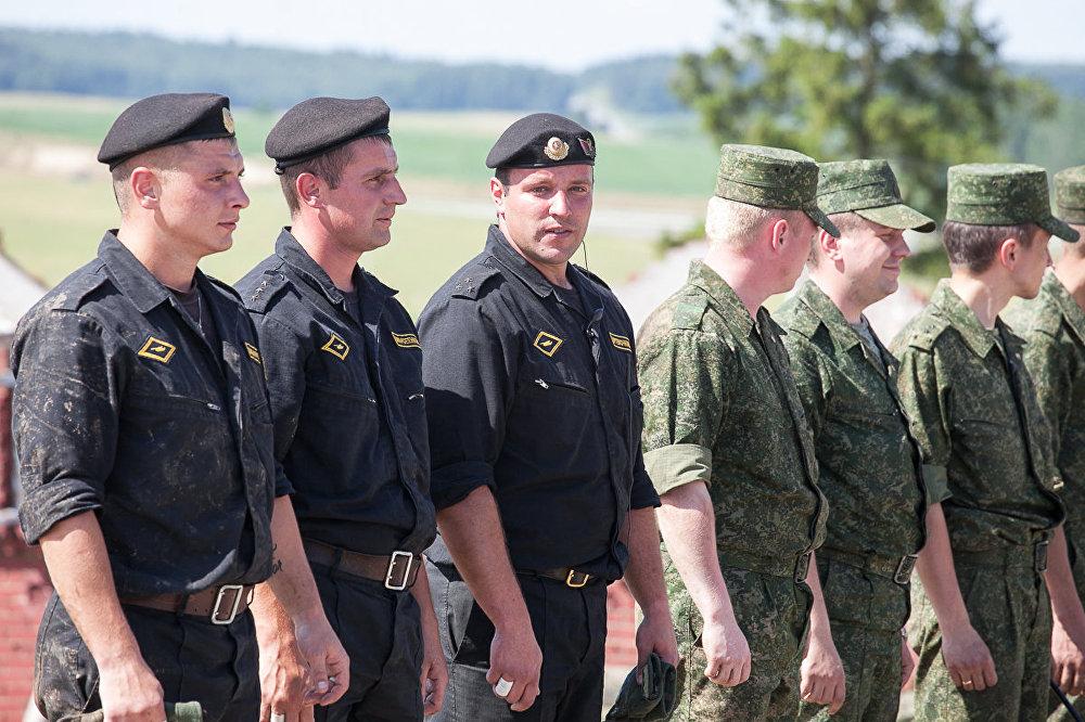 Пераможцам танкавага біятлону ў 2017 годзе стаў экіпаж старшага лейтэнанта Дзмітрыя Арцёмачкіна.
