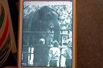 Фото слона Сурака сохранилось в личном архиве Бориса Мещерякова