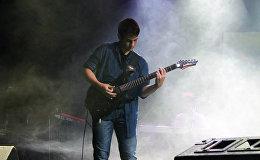 15-гадовы гітарыст Улад Кучынскі