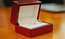 Обручальные кольца, архивное фото