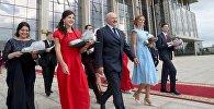 Александр Лукашенко и выпускники белорусских вузов