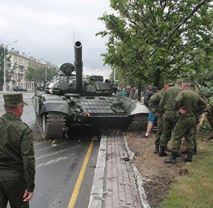 ДТП с танком во время репетиции парада в Минске