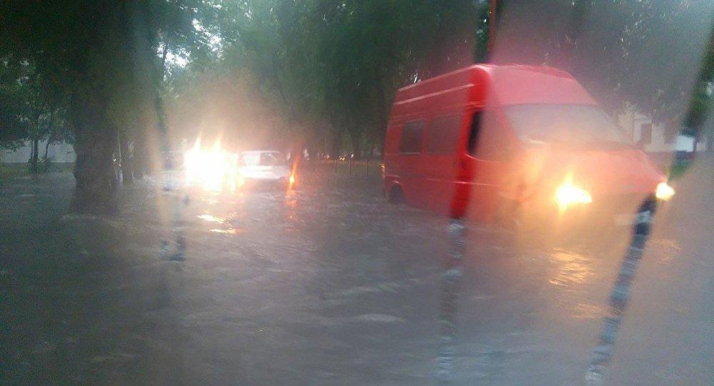 ВГродно идет жара: назавтра объявлен оранжевый уровень опасности