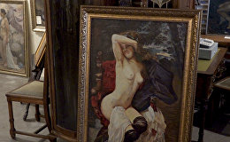 Эротические картины эпохи соцреализма демонстрируют в Минске