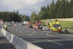 Вертолеты на месте ДТП со сгоревшим автобусом в Германии