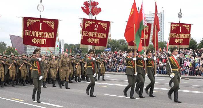 Военный парад вчесть Дня Независимости проходит вМинске
