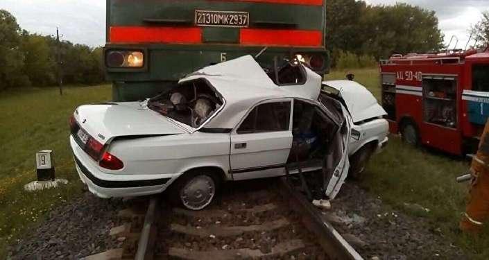 ВБостоне автомобиль врезался втолпу прохожих, сообщается о 9-ти пострадавших