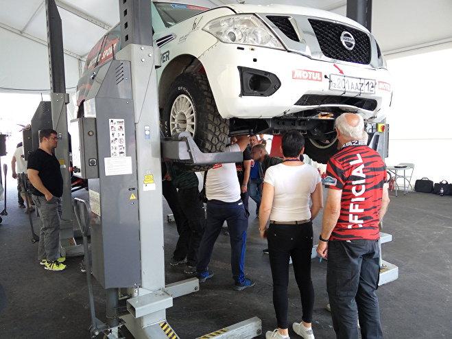 Подготовка автомобиля команды Aktau Motorsport