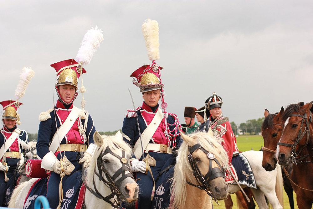 Полк польскіх уланаў Імператарскай гвардыі быў сфармаваны на сродкі Радзівілаў.